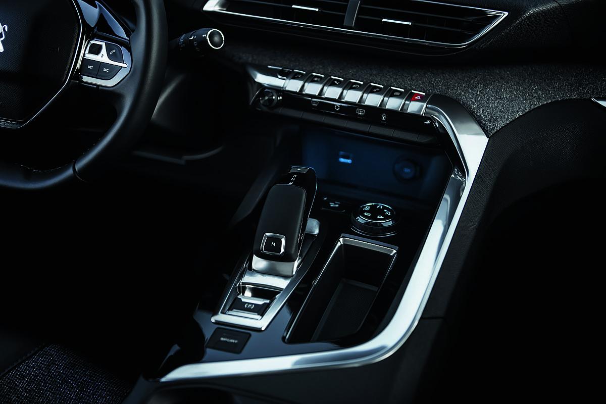 Peugeot 5008 - gear