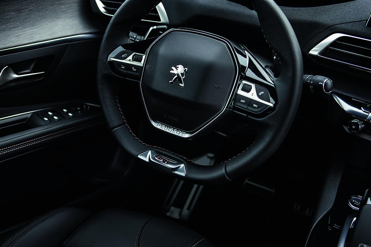 Peugeot 5008 - styre